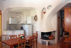 589) Claudia, Valledoria